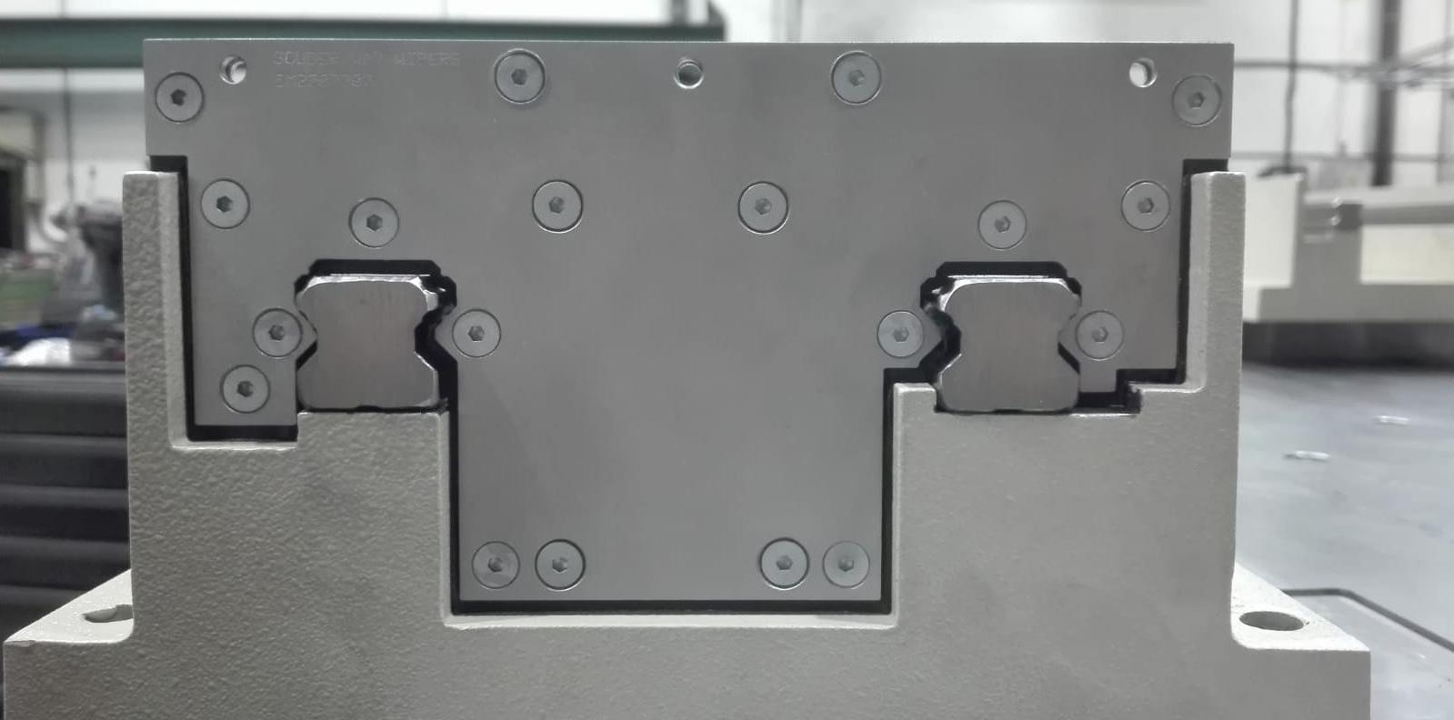 Limpia guías para máquina-herramienta / Rascadores para máquina-herramienta serie LS