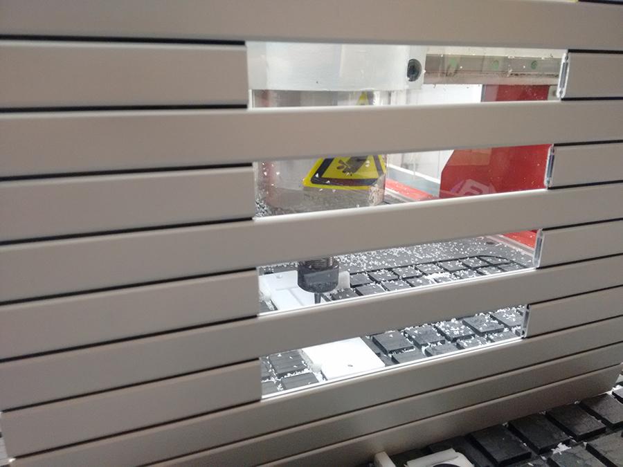 Persianas de protección para maquinaria modelo PHR con ventana